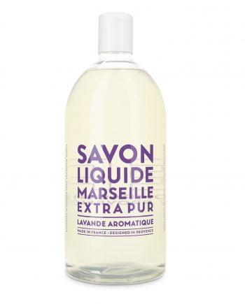 Flytande tvål med doft avv lavendel i en refill flaska.